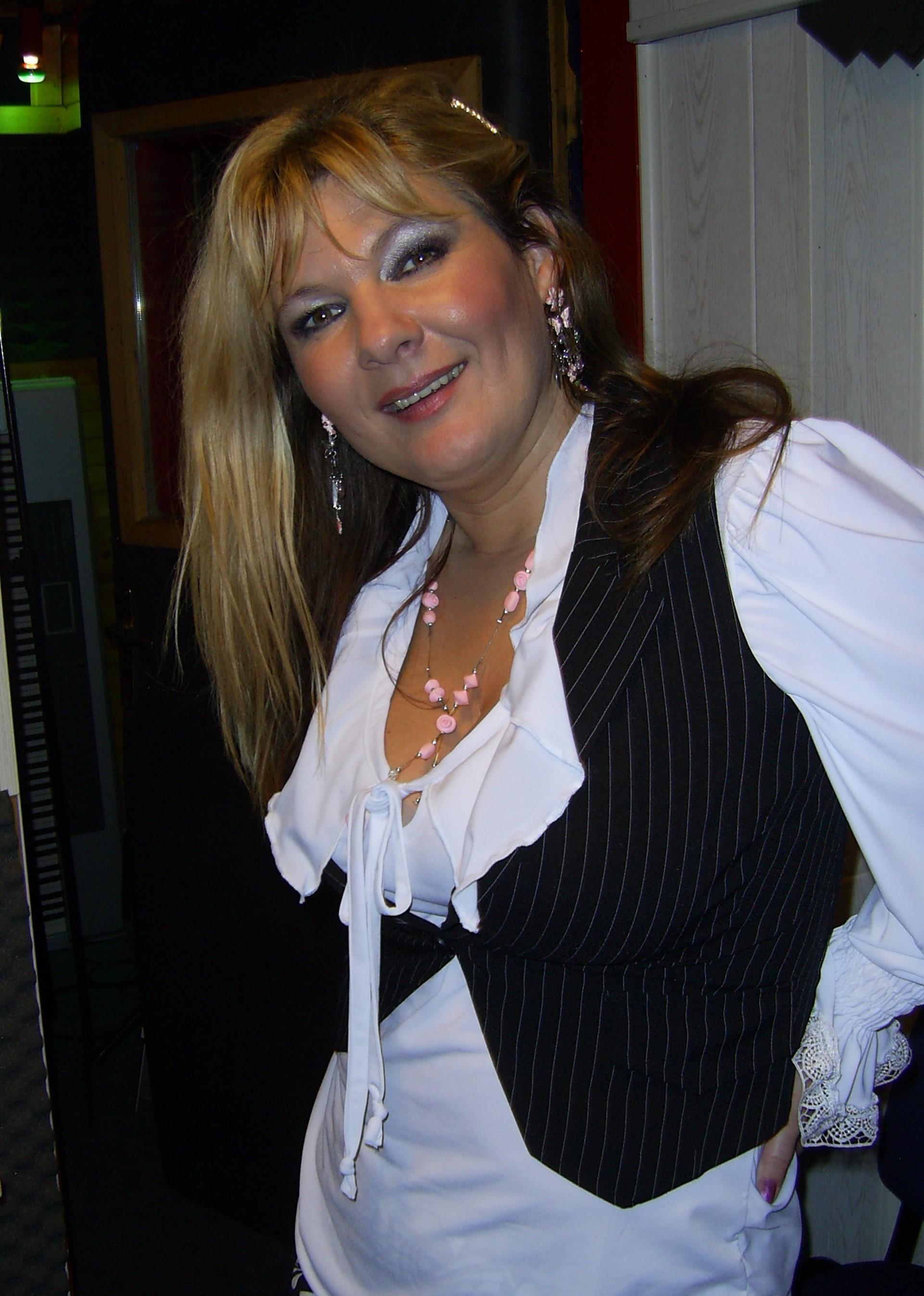 Viktorija Petek v studiu